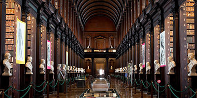 things-to-do-in-dublin-Book-of-Kells-400x200.jpg